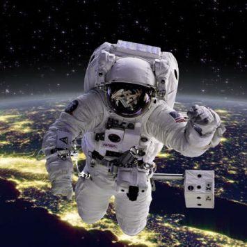 REGRESO A LA TIERRA, reflexiones de astronautas al volver del espacio NoFM